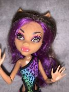Monster High Doll- Gloom Beach Clawdeen In Original Suit- No Shoes