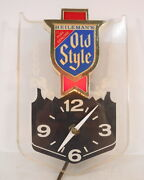 Vtg 1980s Heilemanand039s Old Style Beer Ale Clock Illuminated Sign Lighted Game Room