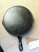 Antique The Favorite Large Size 9 Cast Iron Ohio Penitentiary Made Skillet