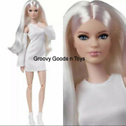 Barbie Signature The Looks Doll 6 Gxb28 Tall Blonde Victoria Possble 2021 New