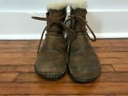 Uggs Womens Size 7 Rianne Ankle Short Brown Leather Boot Shearling