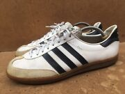 Vintage 80andrsquos / 70andrsquos Adidas Universal Leather Trainers Size Uk 9.5    Usa 10