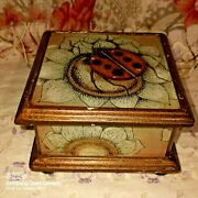 Vintage Hand Painted Peruvian Glass Jewelry/trinket Gift Box Lady Bug Flower