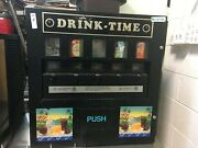 Vending Machine Refrigerated For 5 Soft Drinks Cans 30'' X 31'' X 22'' H