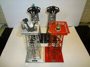 Lionel 494 Beacon 395 Floodlight And 2 Plastic Towers Unkown Brand 4 Pieces Set