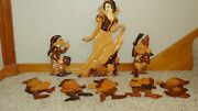 Disney Snow White And Seven Dwarfs Wood Hand Carved Wall Plaque 8 Figurines