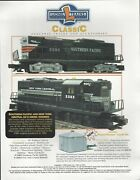 Lionel Southern Pacific And New York Central Gp-9 Diesel Engines Flyer 1998 A395