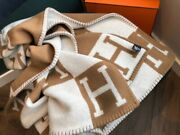 Auth Hermes Avalon Throw Blanket Wool And Cashmere Ecru Camel New In Box