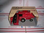 Case International Case Ih 1680 Axial Flow Toy Combine And Heads Ertl 1/32 443
