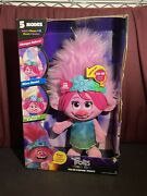 Dreamworks, Trolls World Tour Color Poppin' Poppy Doll, Sings, Play Games New
