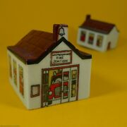 Wade Whimsies 1984/85 Set 4 - Whimsey-on-why - 31 Fire Station