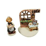 Vintage Hummel Maid To Order First Issue With Strudel Haus Scape 1043-d 2091