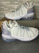 Lebron 18 Andlsquoplay For The Futureandrsquo Youth Size 6.5/womenandrsquos 8 Ct4677-400