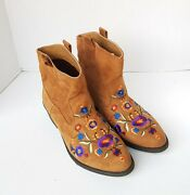 Woman Mudd Cheyenne Ankle Boots Size 10m Embroidered Floral
