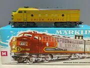 Marklin 3061 And 4061 F7 A-a. Union Pacific. Reversing Lever On 3061.