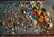 Massive Lot Of Playmobil 90+ Figures Animals And Tons Of Accessories. 20