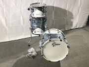 Gretsch Renown 57and039 Drum Set 18 3pc Shell Pack Silver Oyster Pearl Rn57-j483v-s