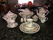 Villeroy Boch Melina 12 Place Setting Coffee Mugs And Serving Pieces