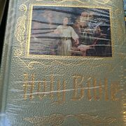 Holy Bible Catholic Heirloom Family Edition New American Bible Large, Brand New