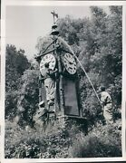 1953 Photo Rome Picio Garden Famous Water Clock Cleaning Specialists