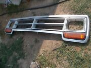 1986-1990 Dodge Truck Grille With Insert Headlight Bezels And Park Lights Oem