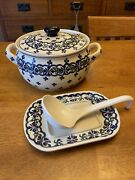 Polish Pottery Hand Painted Double Handled Bean Pot Crock Ladle And Plate 9