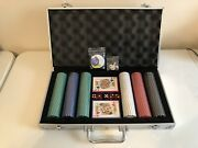 300 Professional 11.5g Poker Chip Set With Locking Case. 2 Decks Of Cards 5 Dice