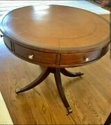 Fabulous Ethan Allen Bradford Rent Table - Classic Traditional Style