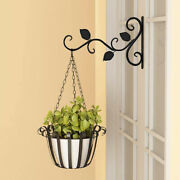 Wall-mounted Wrought Iron Flower Basket Hook Hanging Decoration Stand Metal Yj