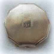 Sterling Silver Powder Compact. Hallmarked Turner And Simpson, Birmingham, 1913/19