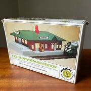 Bachman Lighted Passenger Station Model Electric Train Ho Scale Item 46-1217
