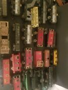 Lot Of Vintage Pre War Lionel Train Parts ,some Are Complete But Most Need...