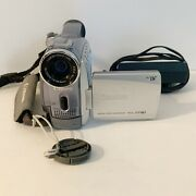 Canon Zr80 Mini Dv Camcorder With Power Cord Battery And Case - Tested