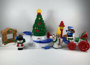 Fisher Price Little People Christmas Tree Lighting In Discovery Park Set 2004