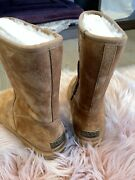 Uggs Boot Size 8 New
