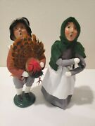 Byers' Choice The Carolers Thanksgiving Pilgrims Family Harvest 2 Piece Set