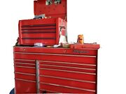 Extra Large Snapon Mechanics Tool Chest. Great Addition To Your Home Or Business