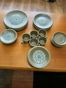 Rare Wedgwood Aquarius. Dinner Side Salad Plates Bowls Cups And Saucers