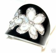 18k White Gold Black Agate And Diamond Ring - Size 7