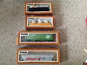 Used, Lot Of 4 Tyco Trains. Shell Oil Tanker, Kellogs And Burlington Box, Flatbed