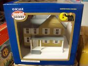 Model Power O Trains Buildings Jackson's House Built Up Lighted W' Figures 6374