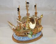 Extremely Rare Walt Disney Peter Pan Fighting With Cap Hook Snowglobe Statue