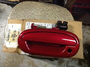 New Oem 1997 - 2002 Ford Expedition And F150 Left Front Outer Door Handle Red
