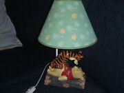 Extremely Rare Walt Disney Winnie The Pooh With Tigger Figurine Statue Lamp