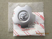 08 - 18 Toyota Sequoia Sr5 20and039and039 Inches 5 Spoke Alloy Wheel Center Cap Oem New