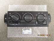99 - 02 Gmc Jimmy A/c Heater Climate Temperature Control Oem New P/n 15756179
