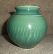 VTG STUDIO ART POTTERY SIGNED CERAMIC VASE/JAR ART DECO STYLE, GREEN GLAZE 4.25""