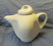 PETER SAENGER Signed Art Pottery Modern WHITE Tea/Coffee Pot with Lid