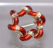 18k Yellow Gold Russet Enameled Wreath Pin With 6 Small Diamonds Circa 1960and039s