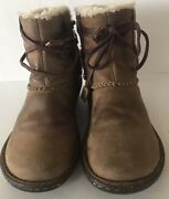 Uggs Boots W/strap Brown Leather Size 7 High Ankle Boots